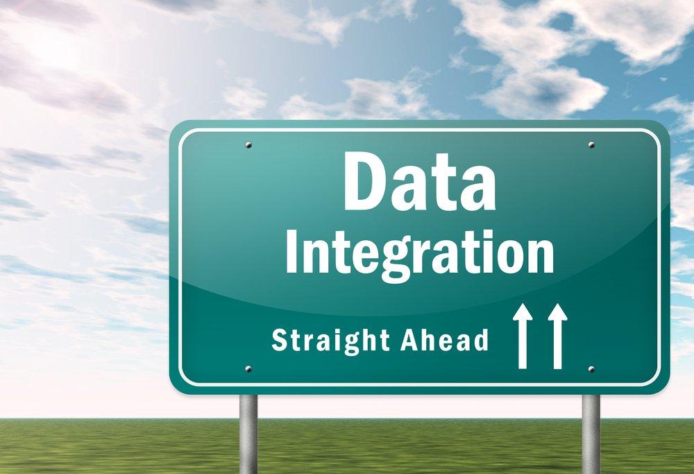 Data integration straight ahead signage
