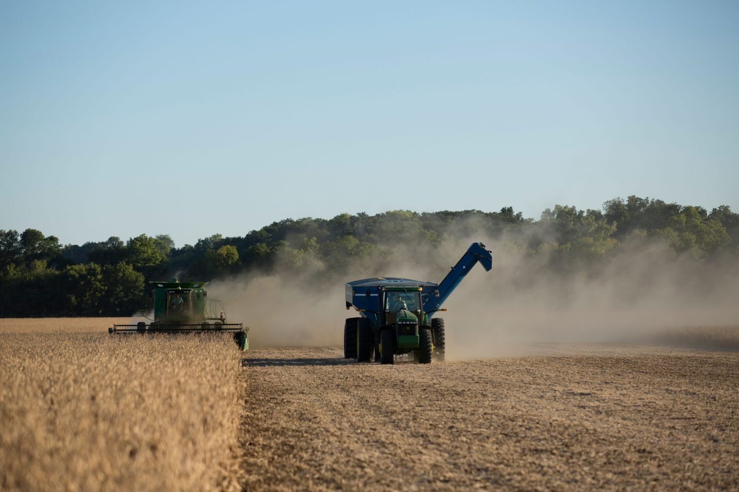 Filling grain loads during a chaotic harvest season